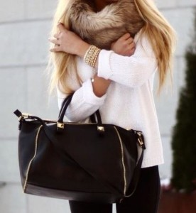 gapwv0-l-610x610-bag-black-bag-studded-bag-winter-sweater-winter-outfits-sweater-scarf